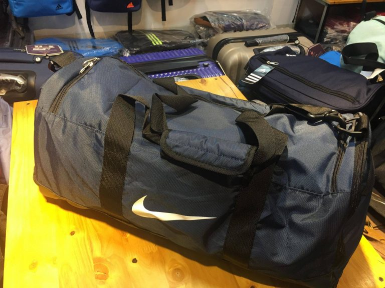 Đi du lịch 2-3 ngày dùng túi loại nào? 2