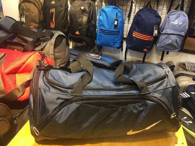 Đi du lịch 2-3 ngày dùng túi loại nào? 5