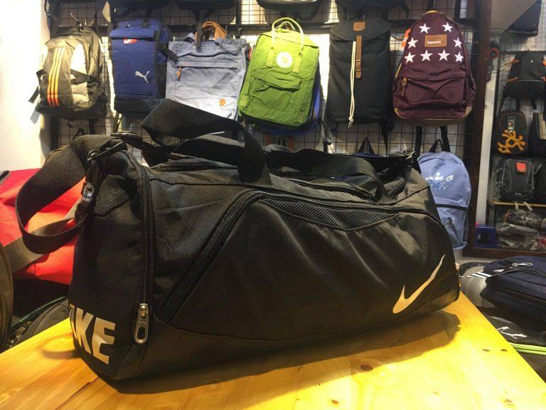 Đi du lịch 2-3 ngày dùng túi loại nào? 6