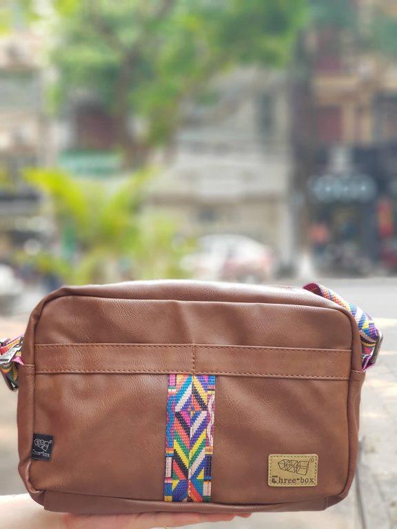 Túi đeo chéo phối thổ cẩm siêu xinh cho nàng diện phố 4