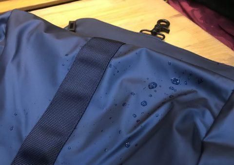 3 mẫu balo chống nước cực đỉnh giúp bạn giảm nỗi lo ngày mưa gió 9