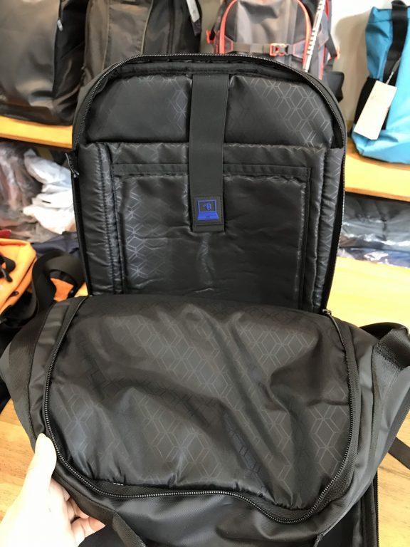 Tiện ích bất ngờ với balo laptop Arctic Hunter Waterproof School Backpack 6