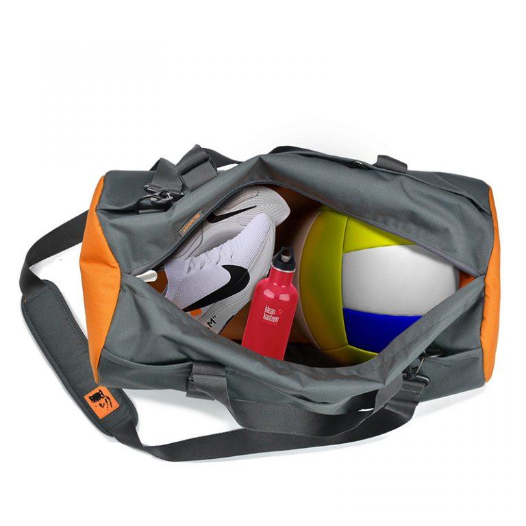 Khơi dậy đam mê dịch chuyển cùng túi xách Mikkor The Sporty Gear 3