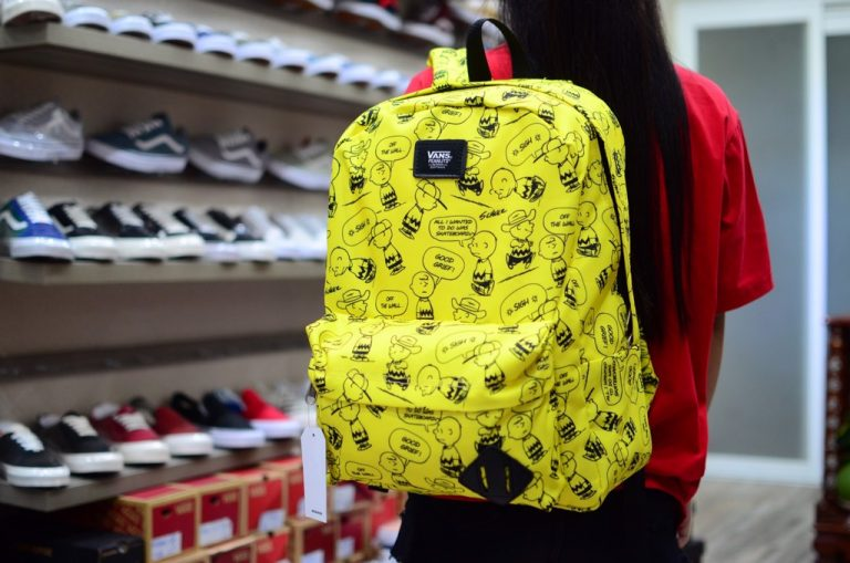 Vans X Peanuts Old Skool Backpack - Balo xinh không thể không sở hữu 2