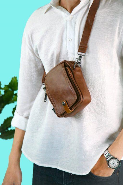 Túi đeo chéo da - item nhất định phải có trong tủ đồ 2