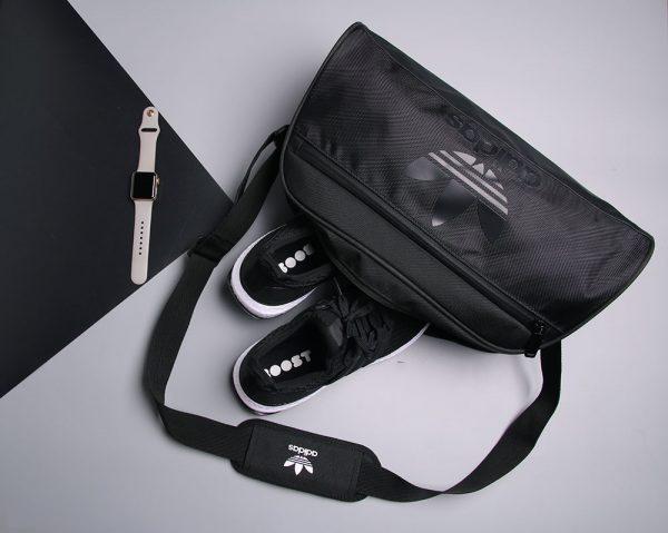 Sau dịch đi gym không nên bỏ lỡ túi tập gym Adidas Originals Duffel Small Bag thời trang 3