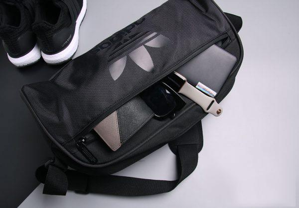 Sau dịch đi gym không nên bỏ lỡ túi tập gym Adidas Originals Duffel Small Bag thời trang 4