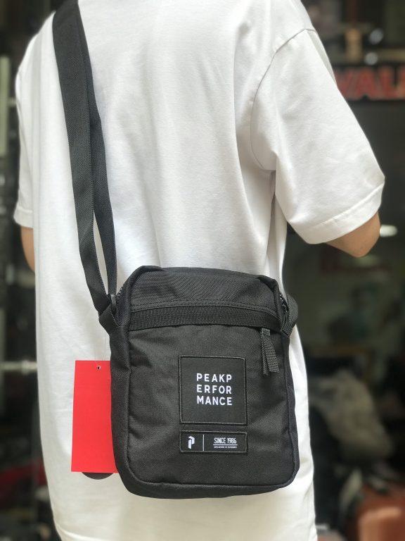 Bộ 3 túi đeo chéo bạn không nên bỏ lỡ hè 2020 1